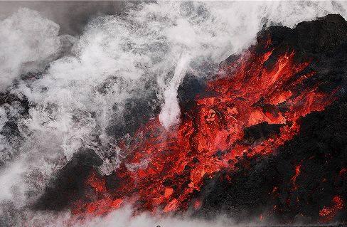 Cenusa vulcanica islandeza ce a dat Europa peste cap